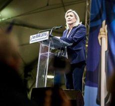 Aşırı sağcı liderden Fransız otomotiv firmalarına tehdit
