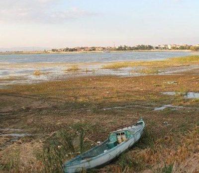 Beyşehir Gölünde tehlike çanları çalıyor